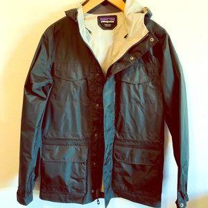 NWOT Patagonia Men's H2no Rain Jacket